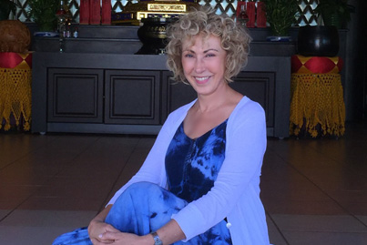Experience the profound love and magical healing that Wendy can help you connect with IN YOURSELF - call her now.
