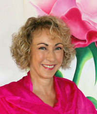 A healing visionary, Wendy awaits your call and will take you on a journey of healing, evolution and sheer joy.