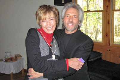 Renowned teacher and author Gregg Braden with Wendy Leppard